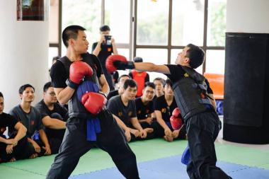 Kỹ thuật bộ pháp trong phòng thủ của Triệt Quyền Đạo Việt Nam