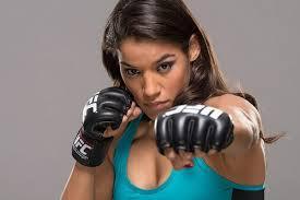 Khi các chị em thi đấu MMA hay không kém gì các đấng nam nhi