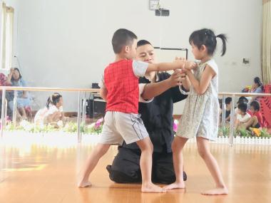 Tại sao nên cho trẻ em học võ từ sớm ?
